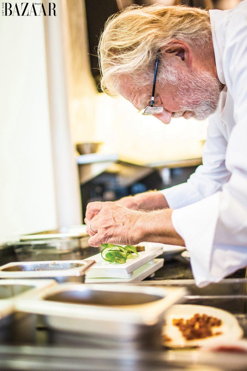 Pierre Gagnaire, thầy của bếp trưởng Adrien Guenzi, đầu bếp lừng danh thế giới.