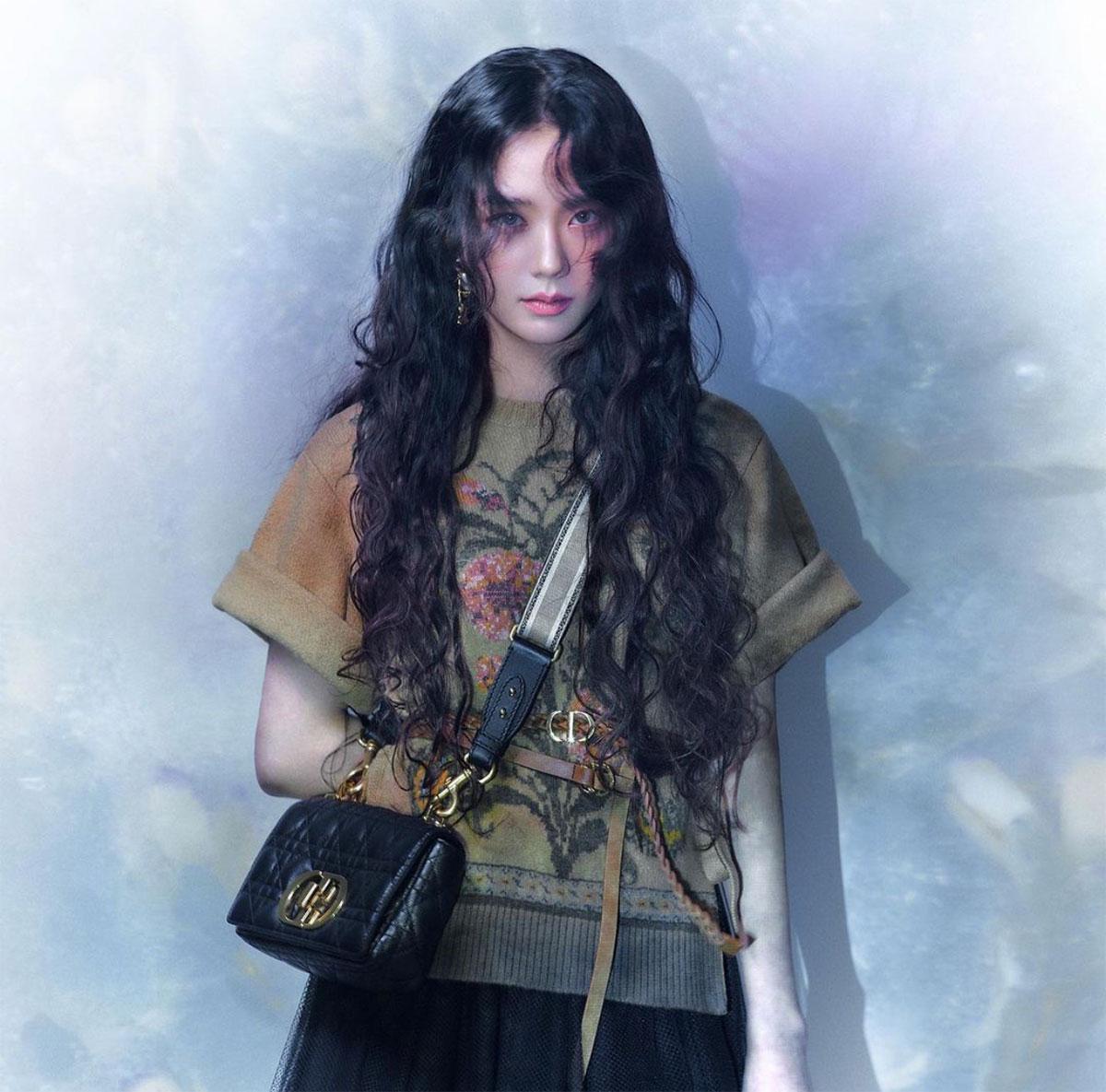 Dior lấy cảm hứng từ đại sứ Jisoo cho bộ sưu tập Thu Đông 2021 1