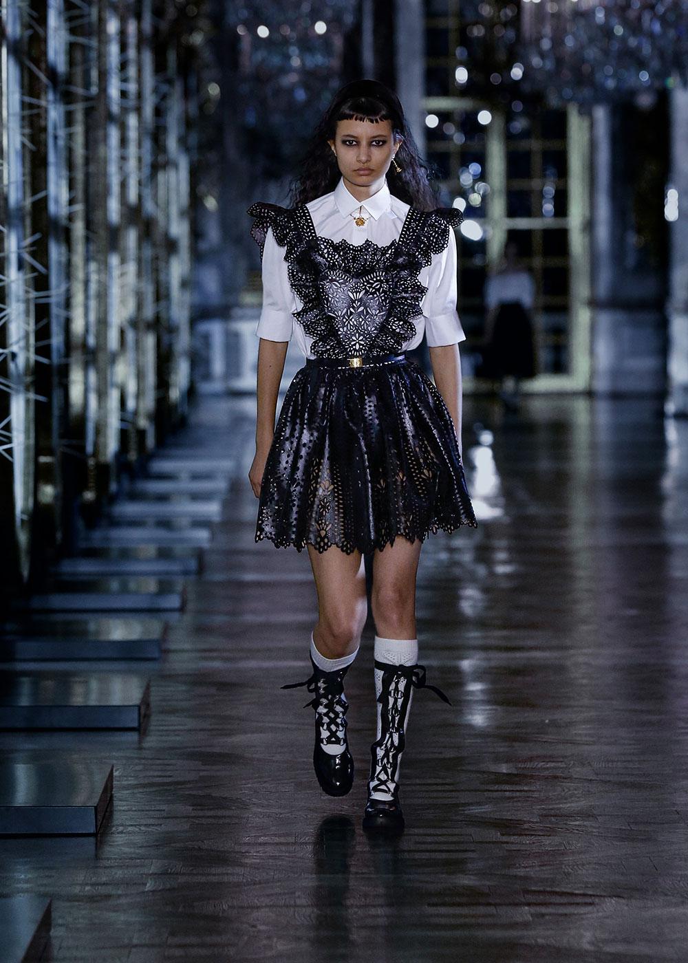 Dior lấy cảm hứng từ đại sứ Jisoo cho bộ sưu tập Thu Đông 2021 5