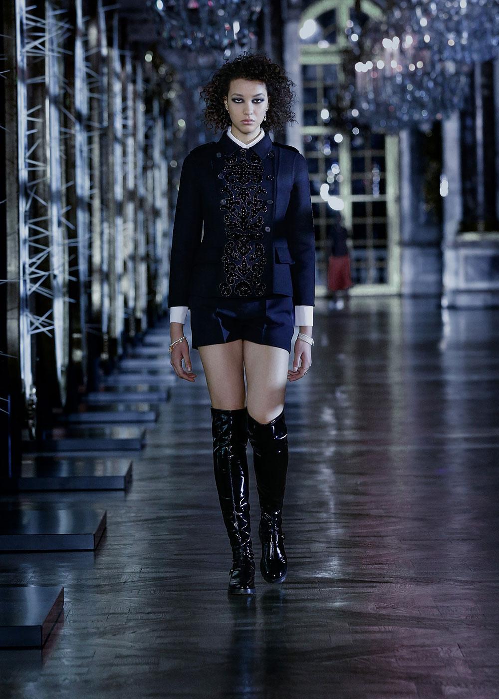 Dior lấy cảm hứng từ đại sứ Jisoo cho bộ sưu tập Thu Đông 2021 6
