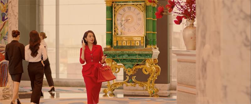 Lý Linh trong Gái già lắm chiêu V do Kaity Nguyễn thủ vai