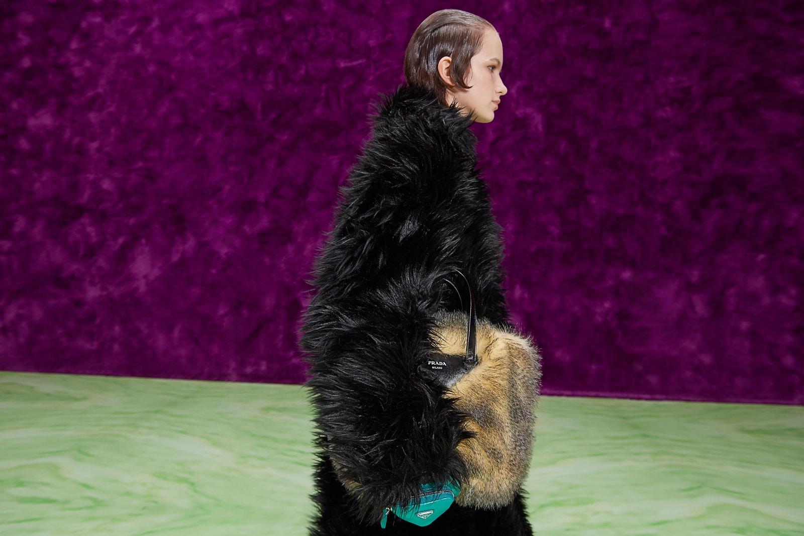 Túi xách, giày và trang sức Prada mùa Thu Đông 2021 có gì mới? 8