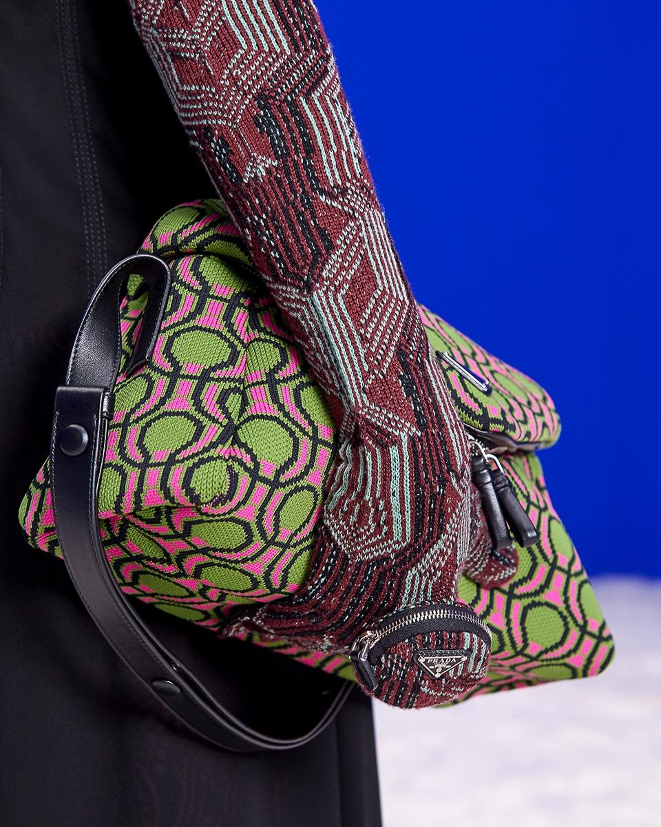 Túi xách, giày và trang sức Prada mùa Thu Đông 2021 có gì mới? 3