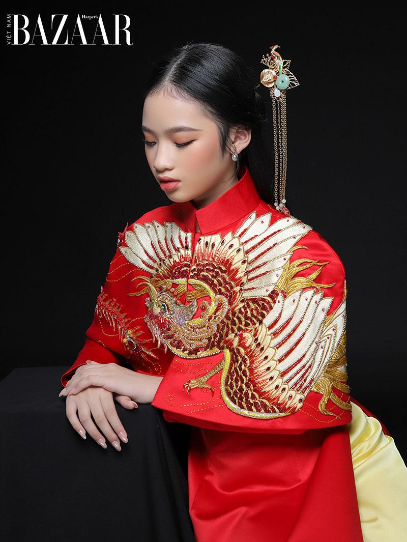 Mẫu nhí Almira Bảo Hà hóa nàng công chúa Á Đông với trang phục gấm 1