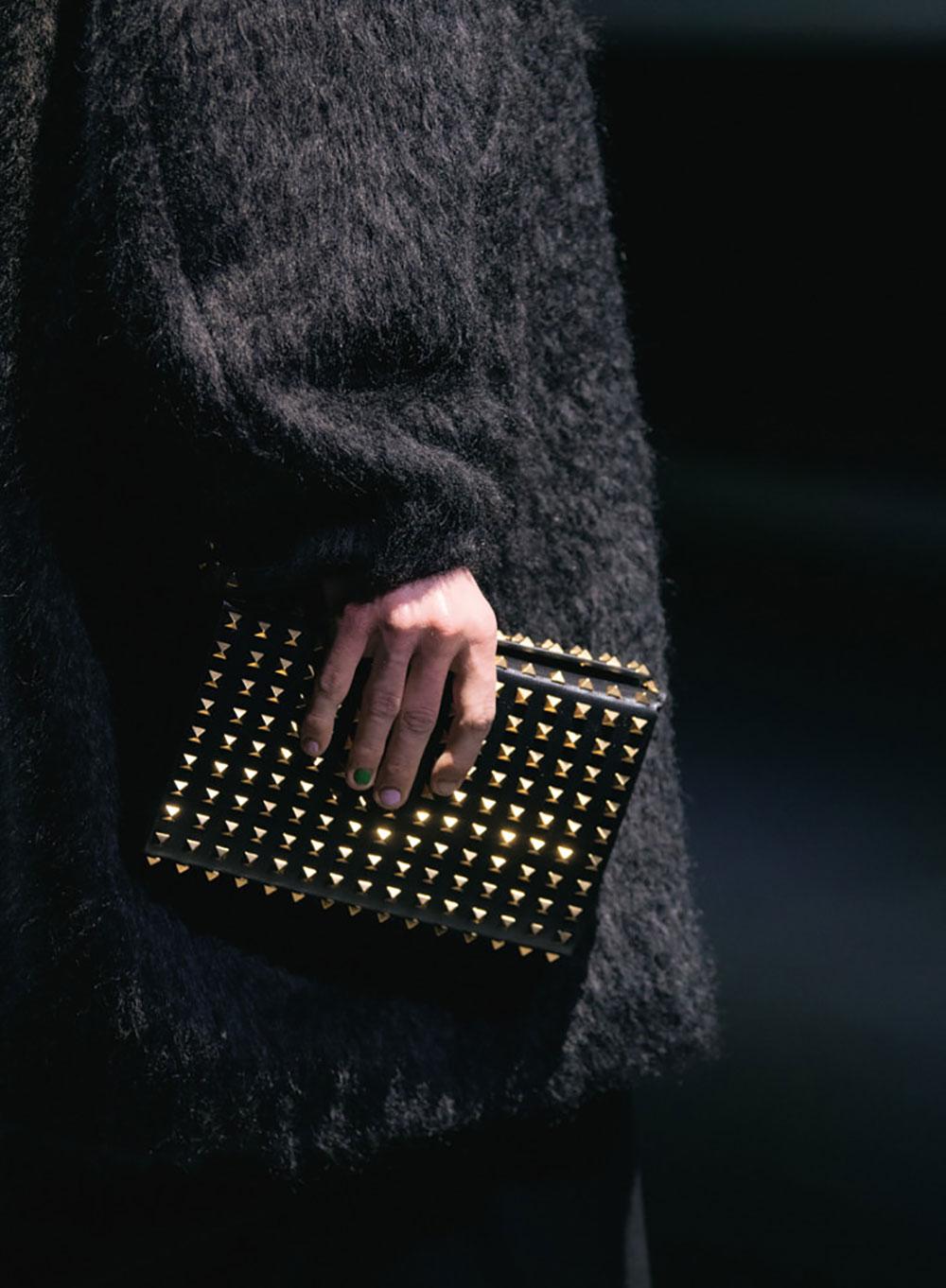 Tất cả các mẫu túi xách Valentino mùa Thu Đông 2021 14