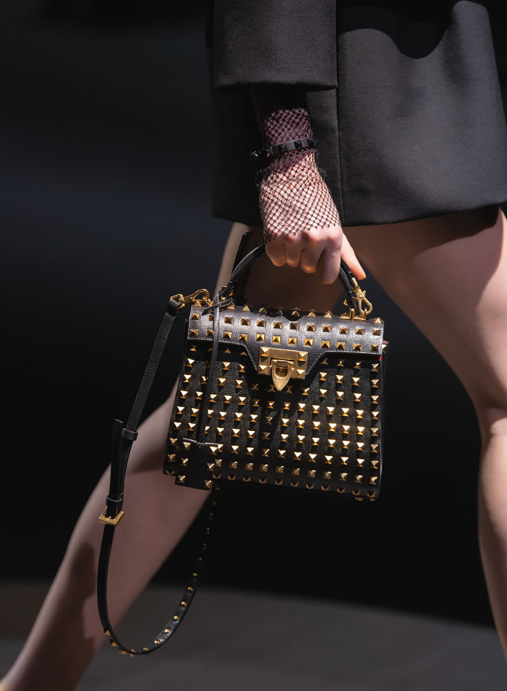 Tất cả các mẫu túi xách Valentino mùa Thu Đông 2021 15