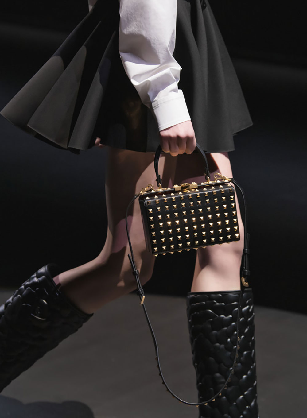 Tất cả các mẫu túi xách Valentino mùa Thu Đông 2021 10