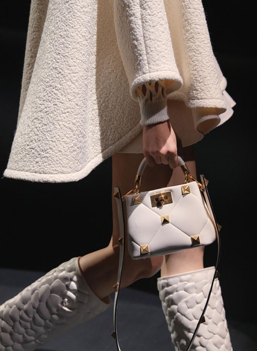 Tất cả các mẫu túi xách Valentino mùa Thu Đông 2021 6