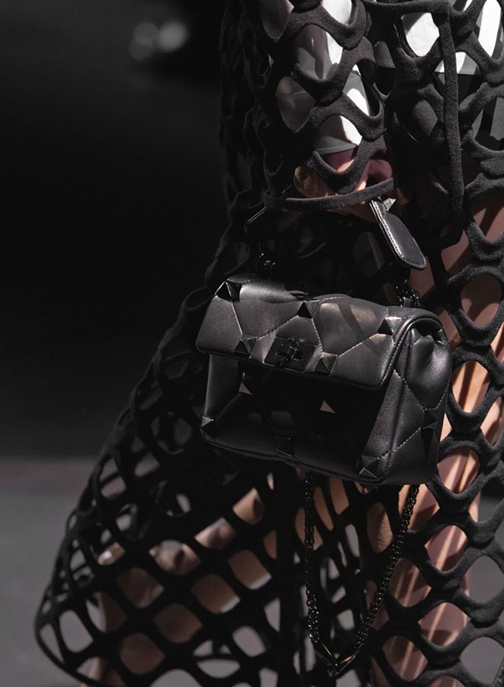 Tất cả các mẫu túi xách Valentino mùa Thu Đông 2021 2