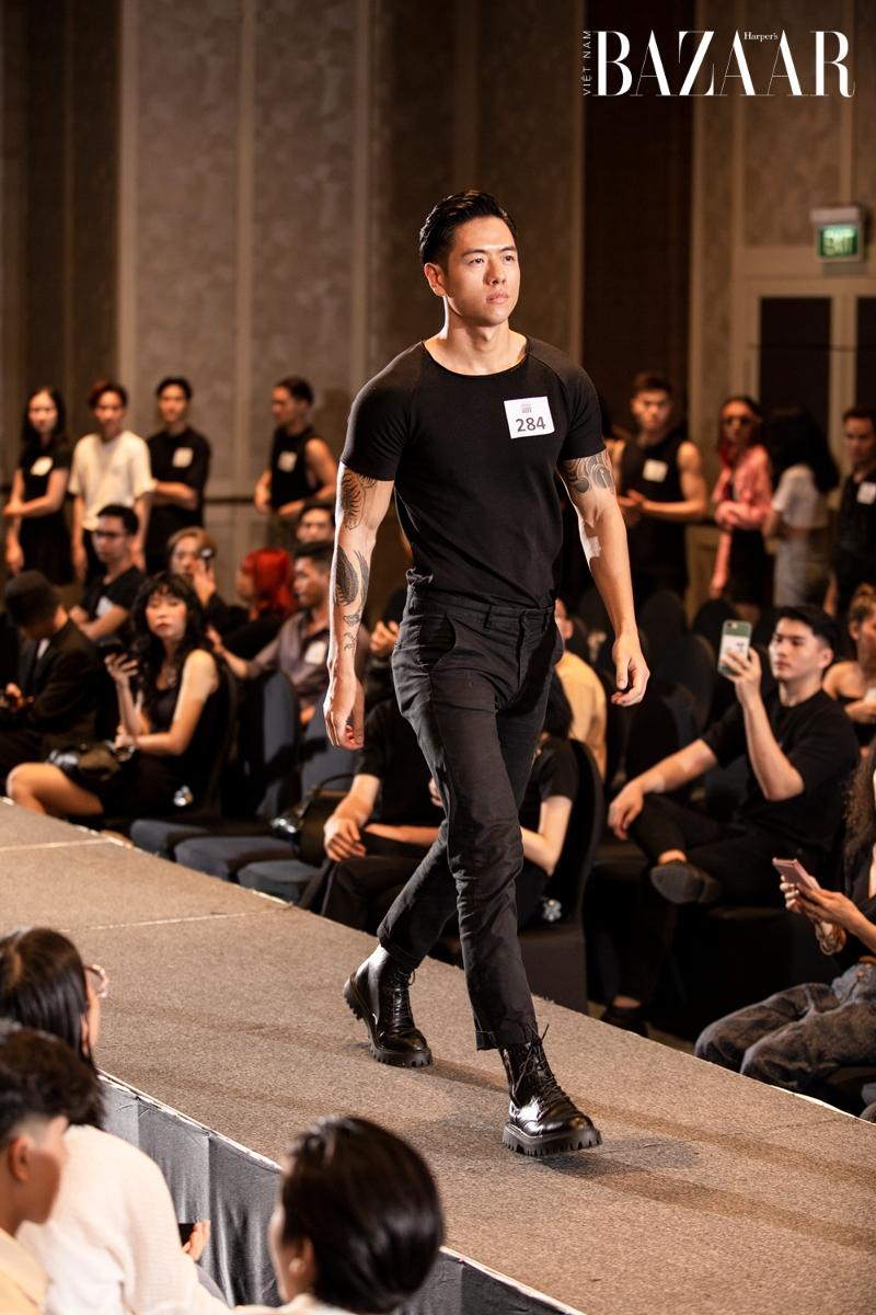 Michael Trương tại buổi casting người mẫu cho AVIFW Xuân Hè 2021