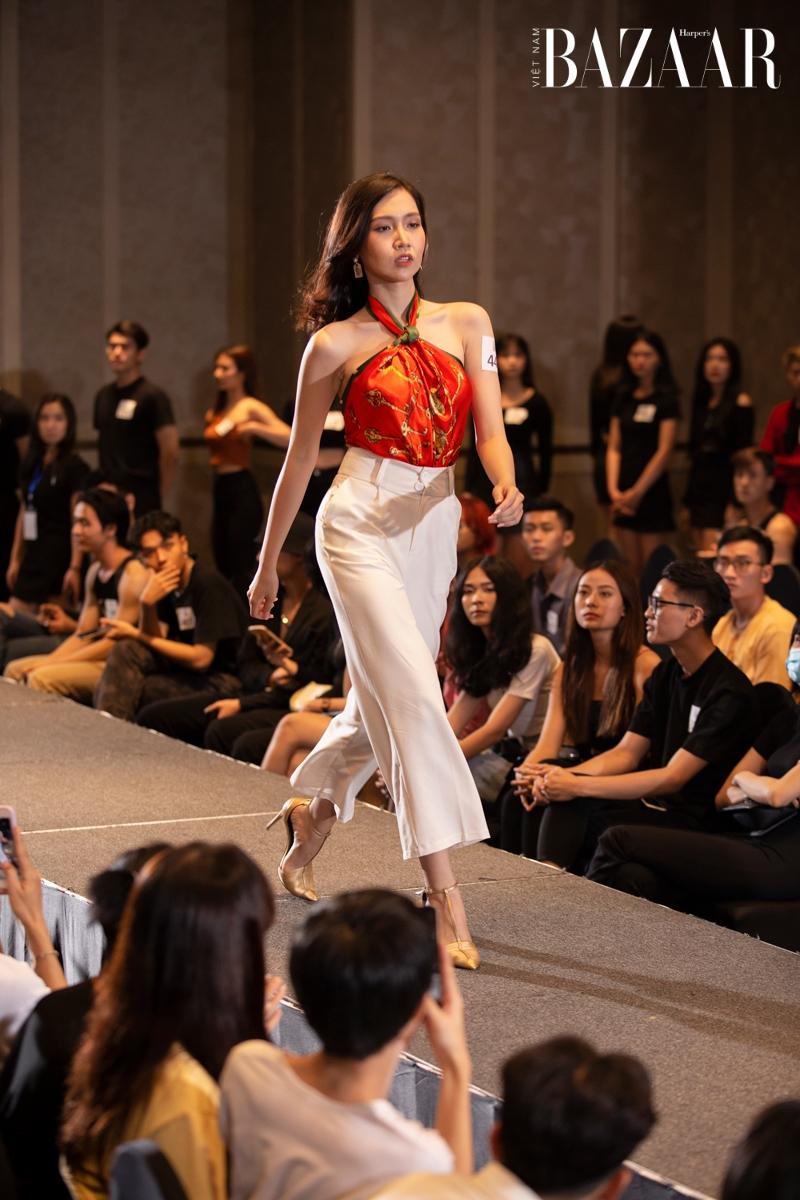 Đỗ Nhật Hà tại buổi casting người mẫu cho AVIFW Xuân Hè 2021