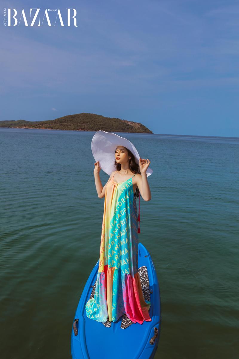 Adrian Anh Tuấn gợi ý trang phục đi biển hot cho mùa hè 2021 4