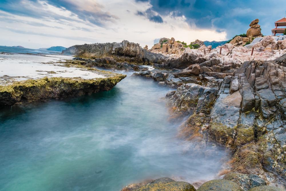Kinh nghiệm du lịch vịnh Vĩnh Hy: hang rái
