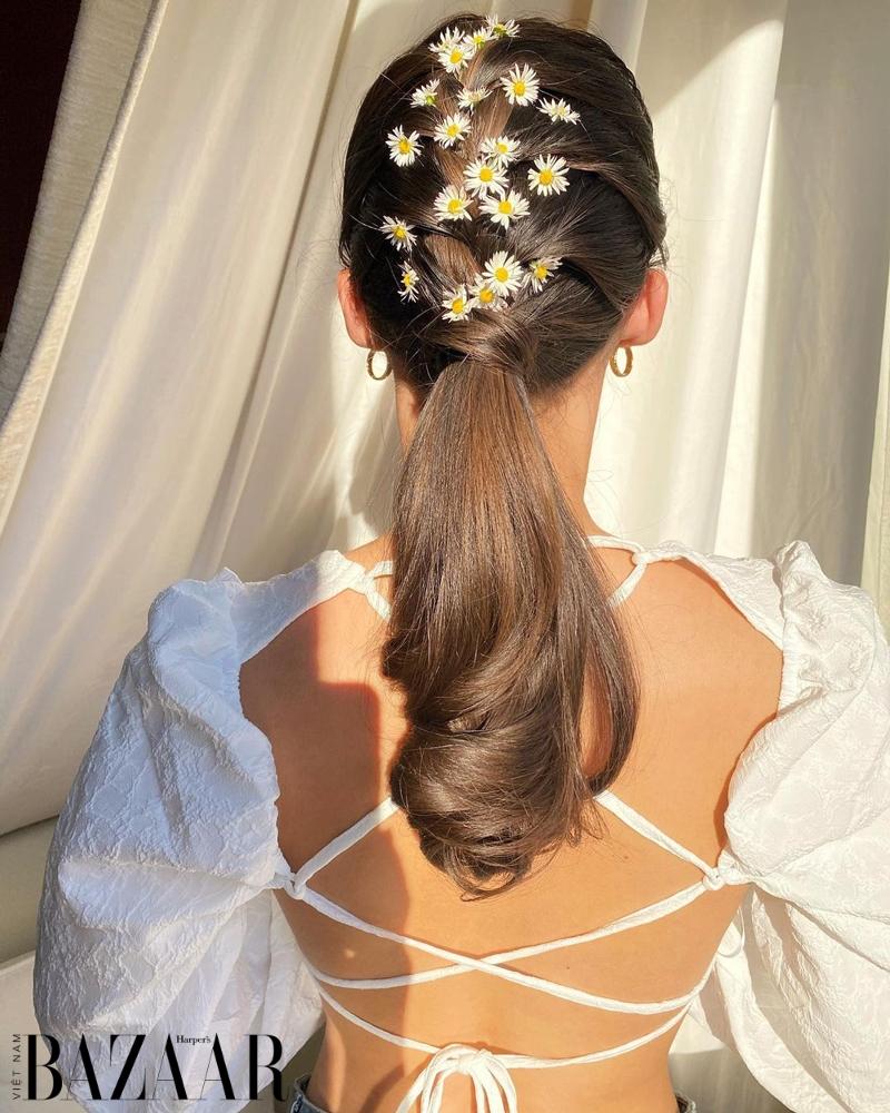 Bí quyết chăm sóc tóc mùa hè để có mái tóc óng mượt, chắc khỏe