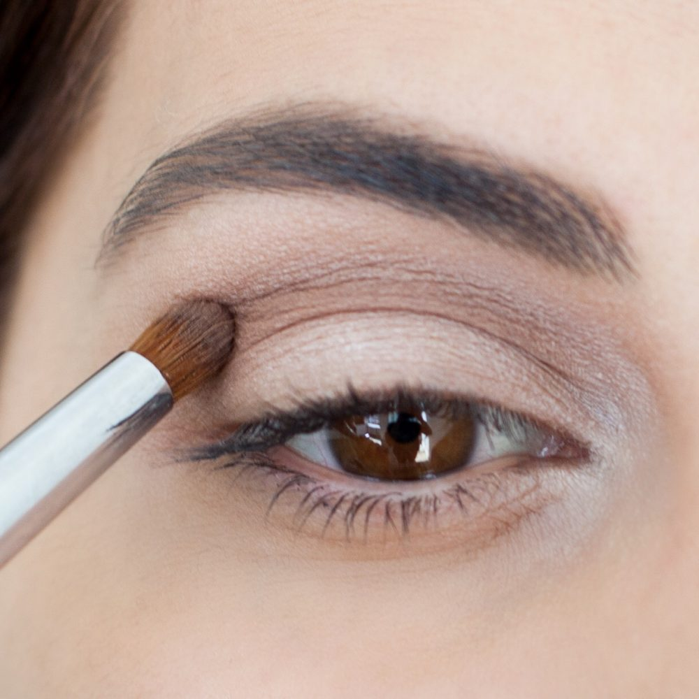 quy trình trang điểm mắt khói