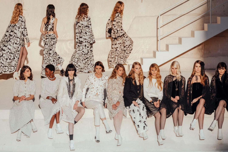 Chanel tuyên truyền cho tuần lễ thời trang Paris 2021 2