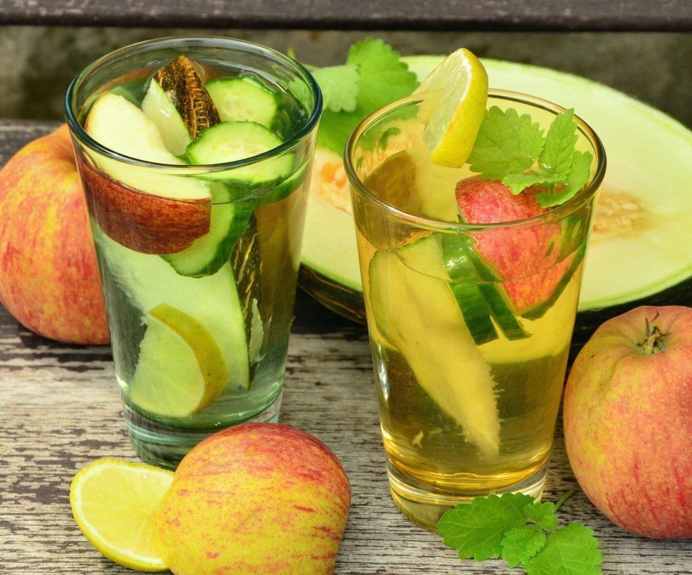 Công thức detox giảm mỡ bụng từ chanh, giấm táo, nha đam và men