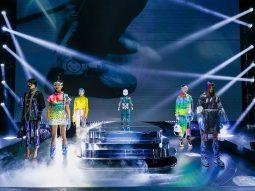 Dolce & Gabbana Thu Đông 2021 đưa thế giới ảo lên sàn diễn thời trang