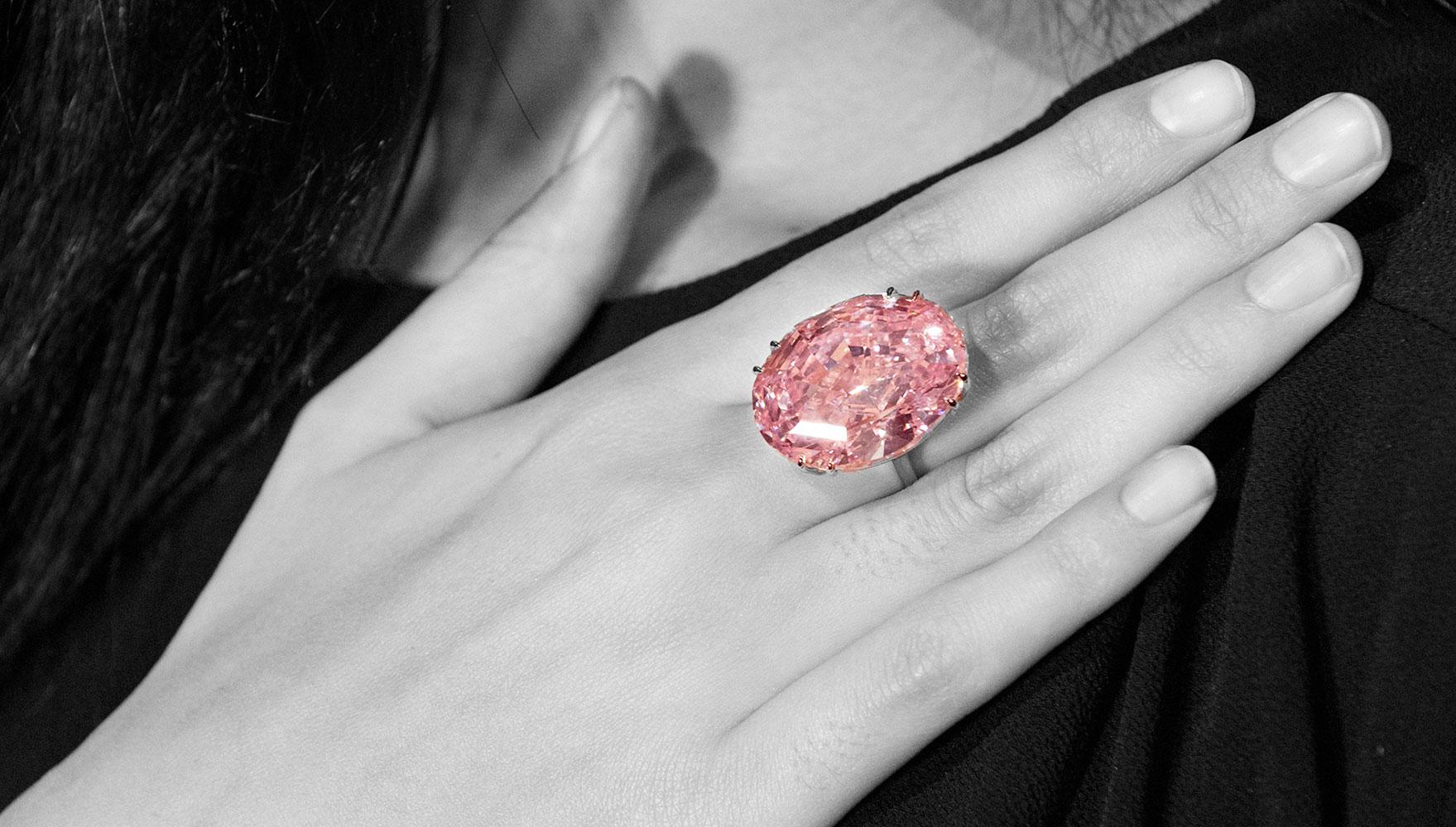 Kim cương màu fancy: Màu nào quý hiếm, đáng đầu tư nhất? 5