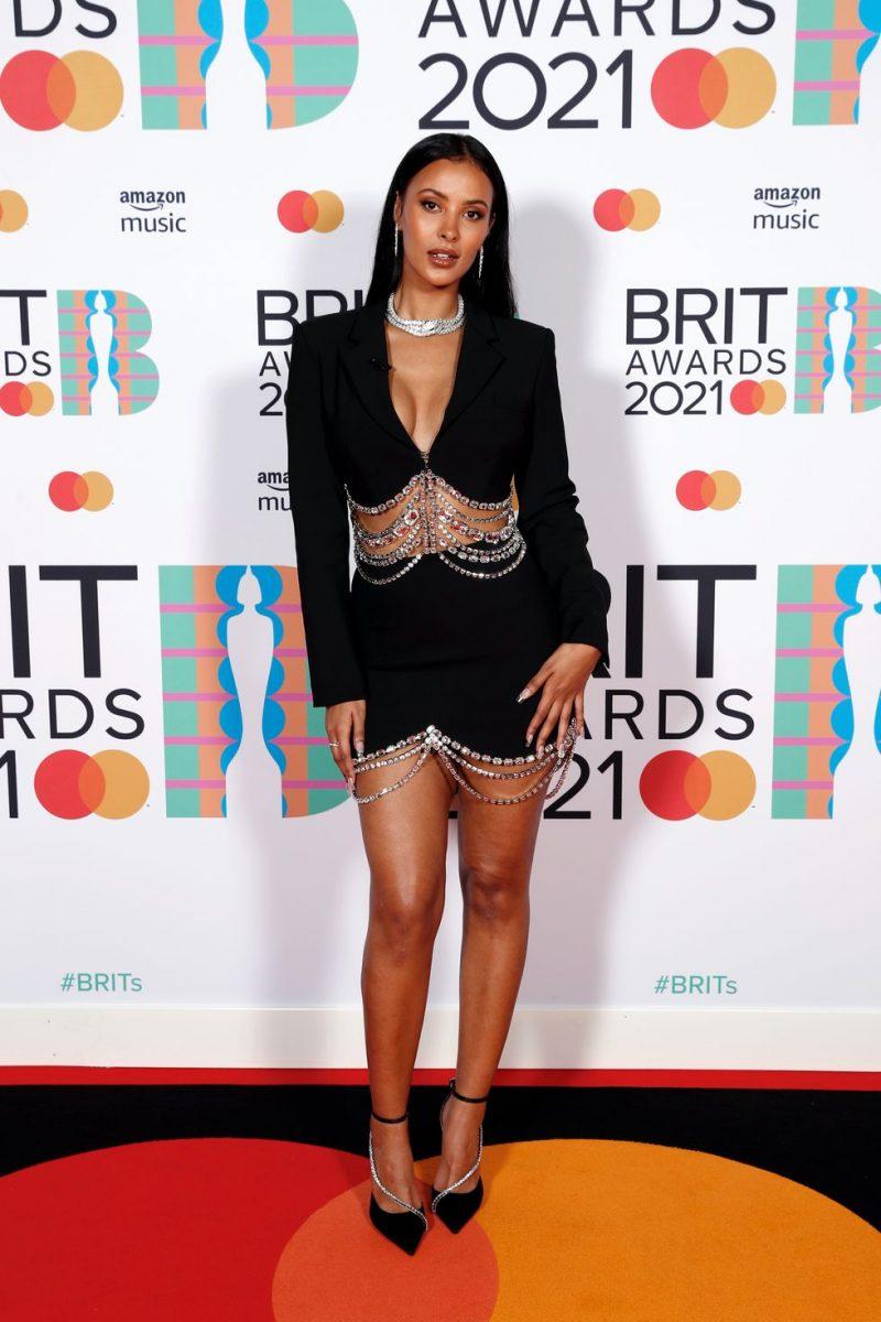Thảm đỏ Brit Awards 2021: Dua Lipa chọn phong cách Regency, Taylor Swift diện sequin hai mảnh lấp lánh 3