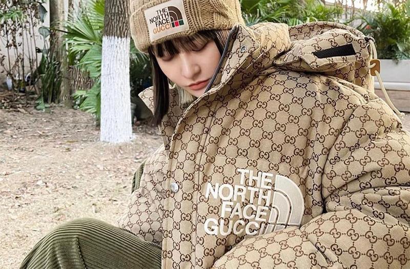 Áo khoác dã ngoại của Gucci và The North Face