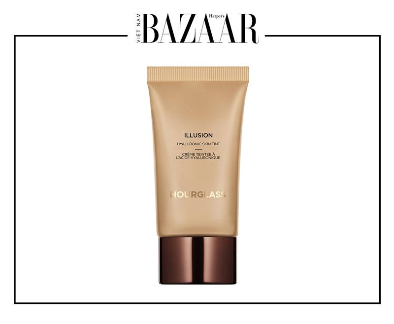 BZ-Hourglass-Illusion-Hyaluronic-Skin-Tint-1
