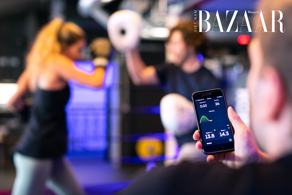 BZ-giam-can-nhan-tracking-exercise-pexels