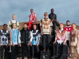 Burberry Men Xuân Hè 2022: Show diễn mang tính cá nhân nhất của Riccardo Tisci tại nhà mốt Anh