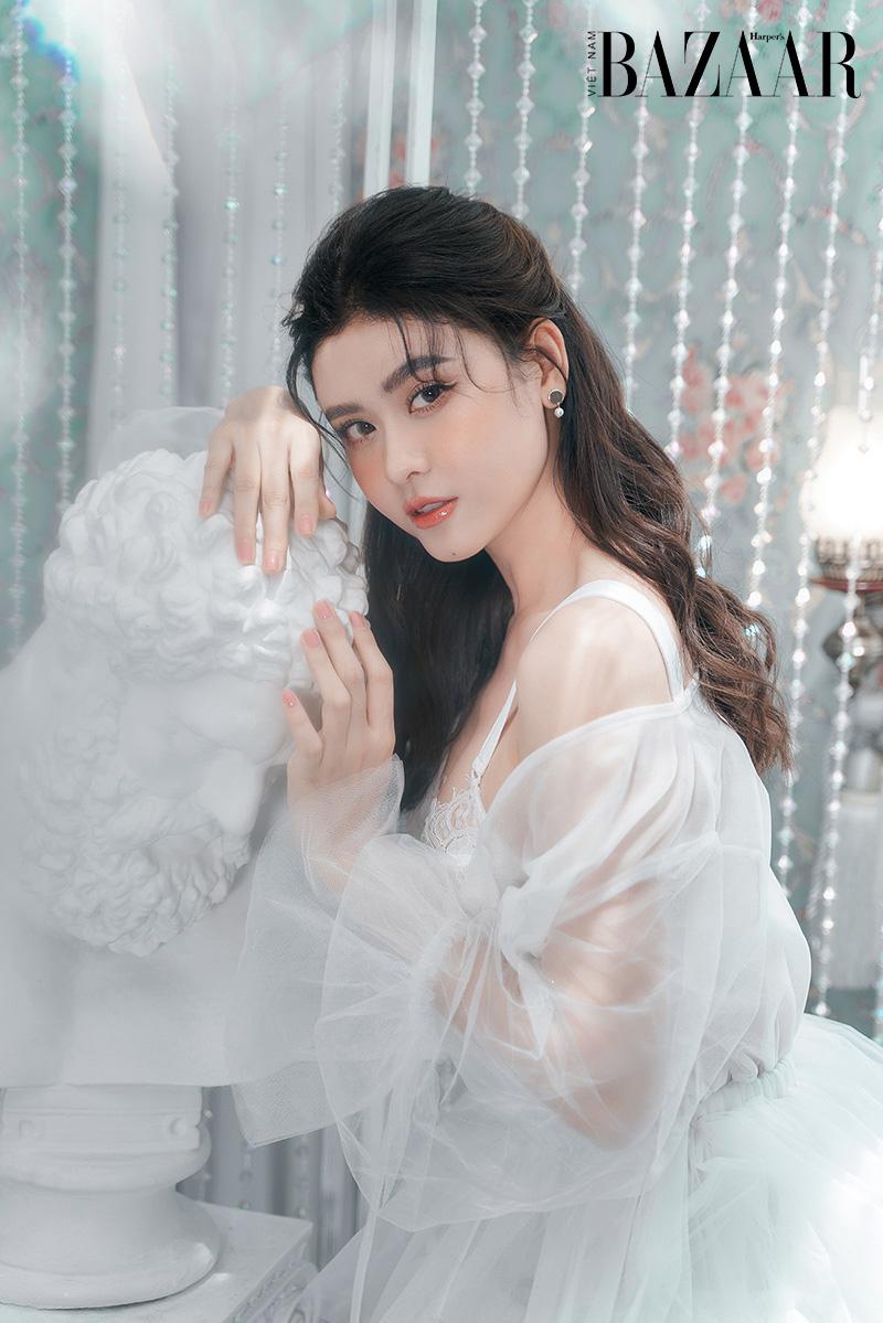 Trương Quỳnh Anh khoe nhan sắc ngọt ngào trong bộ ảnh mới