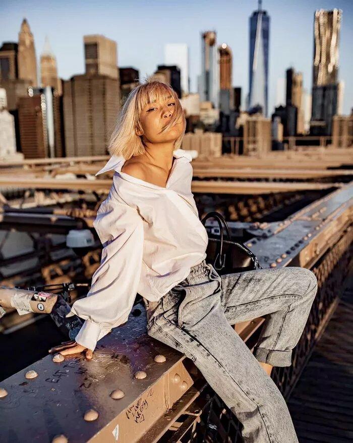 áo sơ mi kết hợp quần jean