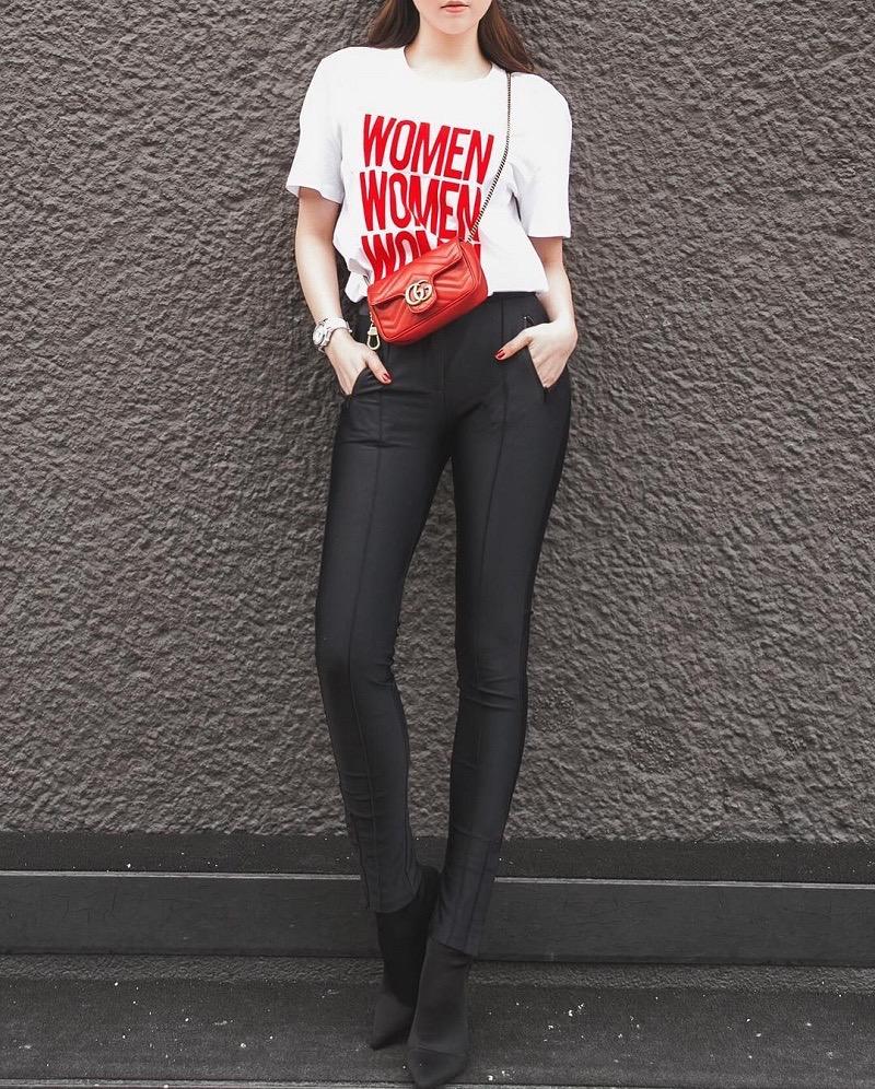 áo thun phối cùng quần legging