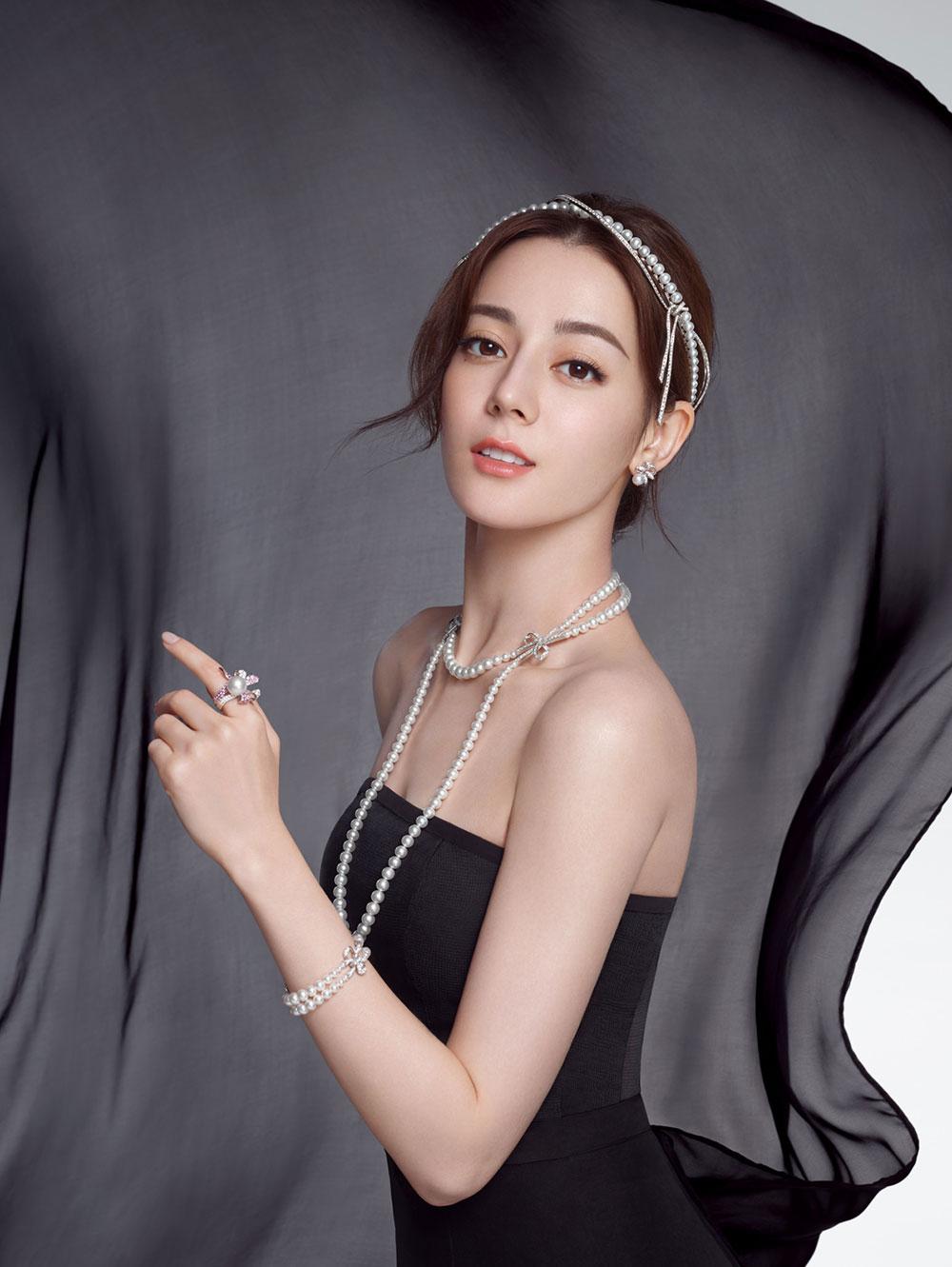 Choose bright pearls