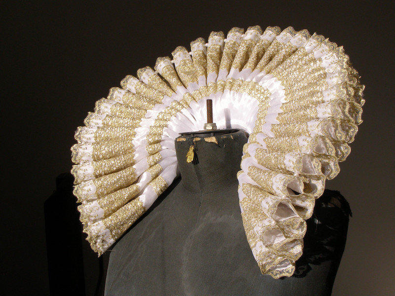 The ruffle became an accessory of nobility