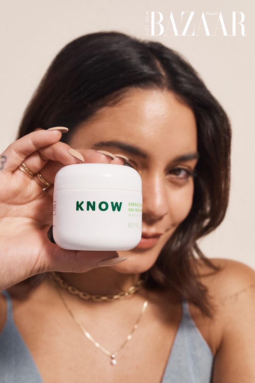 know-beauty-vanessa-hudgens-04-4289-1624387153