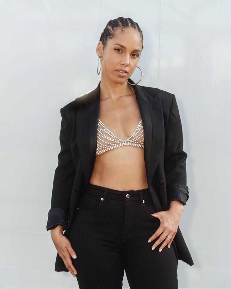 Before Megan Fox, Alicia Keys also promoted the fashion of wearing a crystal body chain/bralette with a blazer