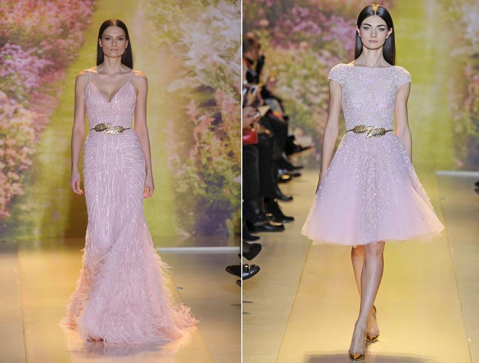 đầm màu hồng pastel ánh kim kết hợp thắt lưng vàng kim