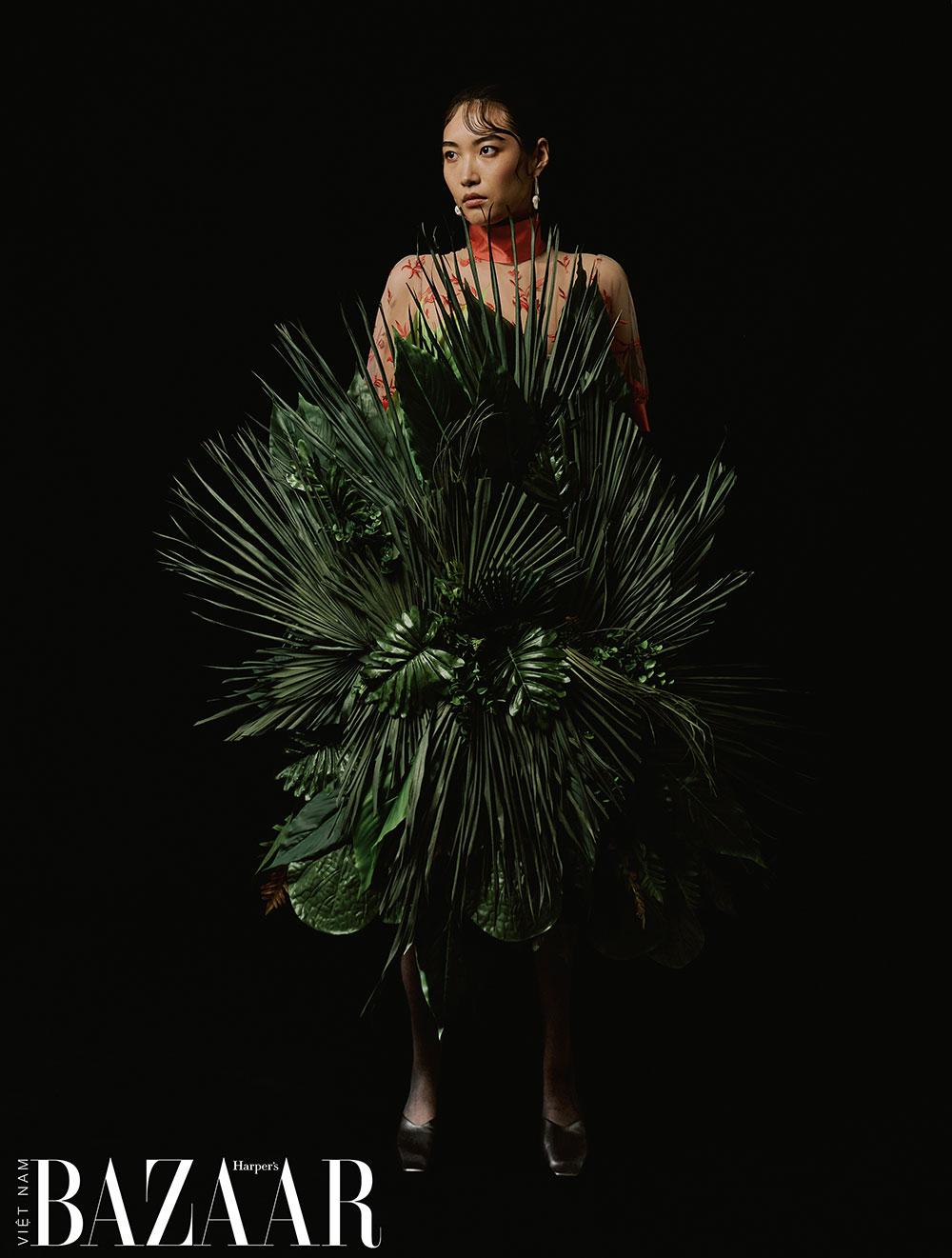 Bộ ảnh thời trang Oasis: Ốc đảo nhiệt đới của nhiếp ảnh gia Rachel Jiam