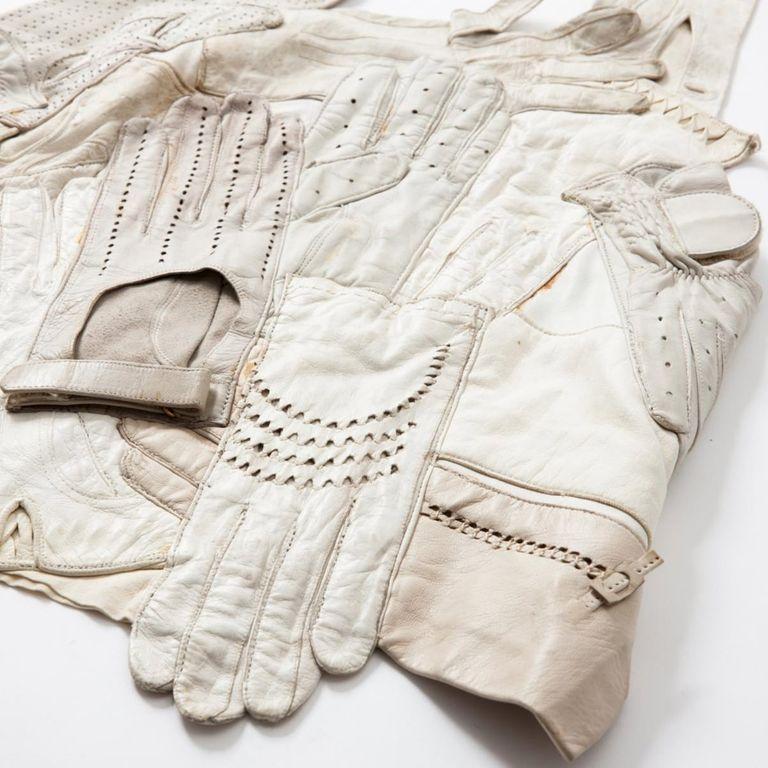 áo khoác da được may bằng găng tay cũ của Martin Margiela