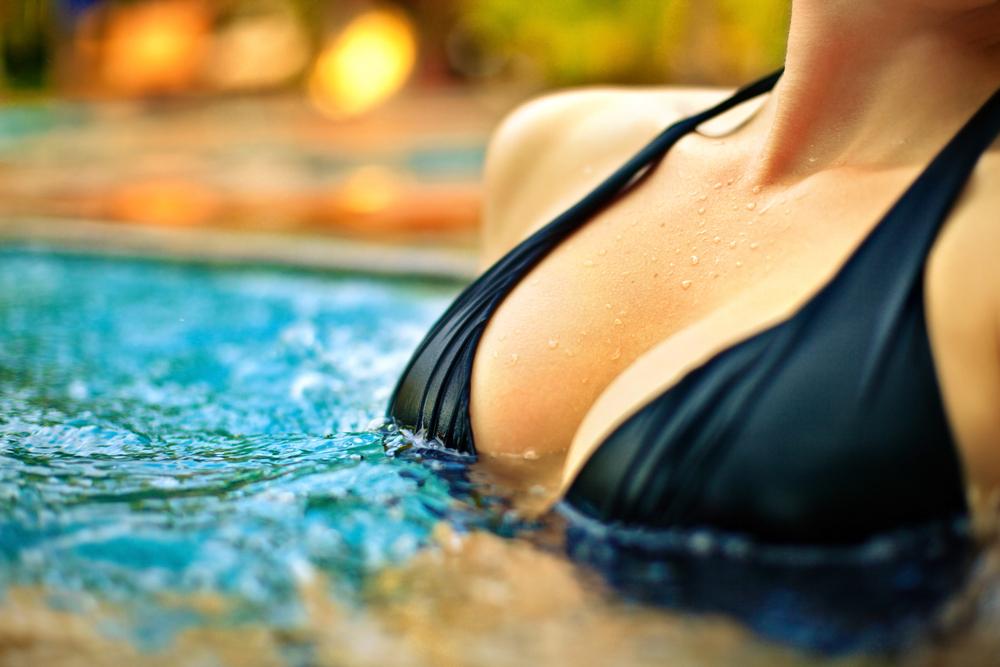 Điều gì quyết định kích thước ngực?