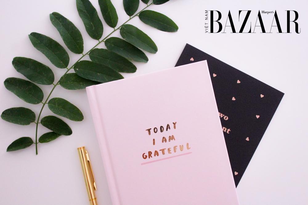 BZ-long-biet-on-journal-unsplash-2