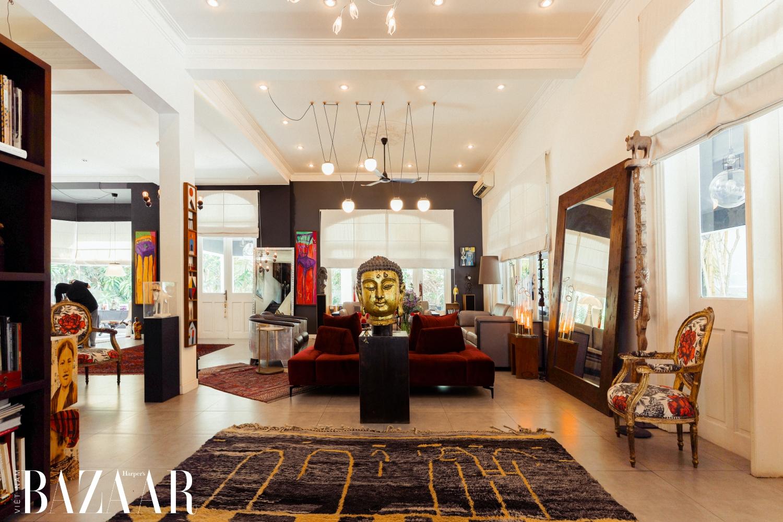 Trong vòng 6 năm, các thiết kế của chị đã thu hút lượng khách hàng ở nhiều lĩnh vực. Bên cạnh trụ sở chính của Thales Group, Merck, Capella Holding, Air France…, Marielle còn đảm nhận các dự án khách sạn, resort, căn hộ cao cấp và penthouse.