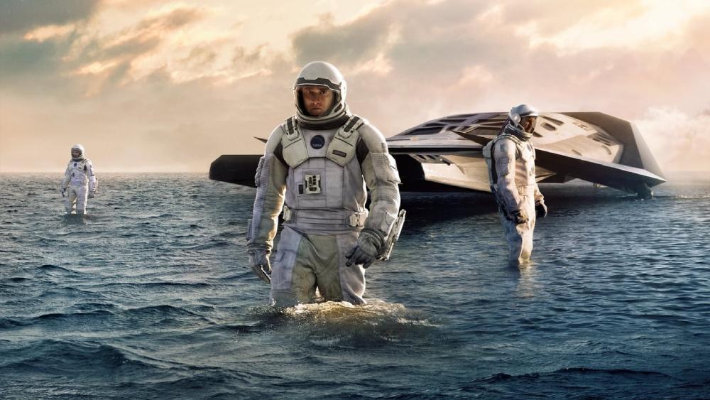 những bộ phim nói về vũ trụ: Hố đen tử thần - Interstellar (2014)