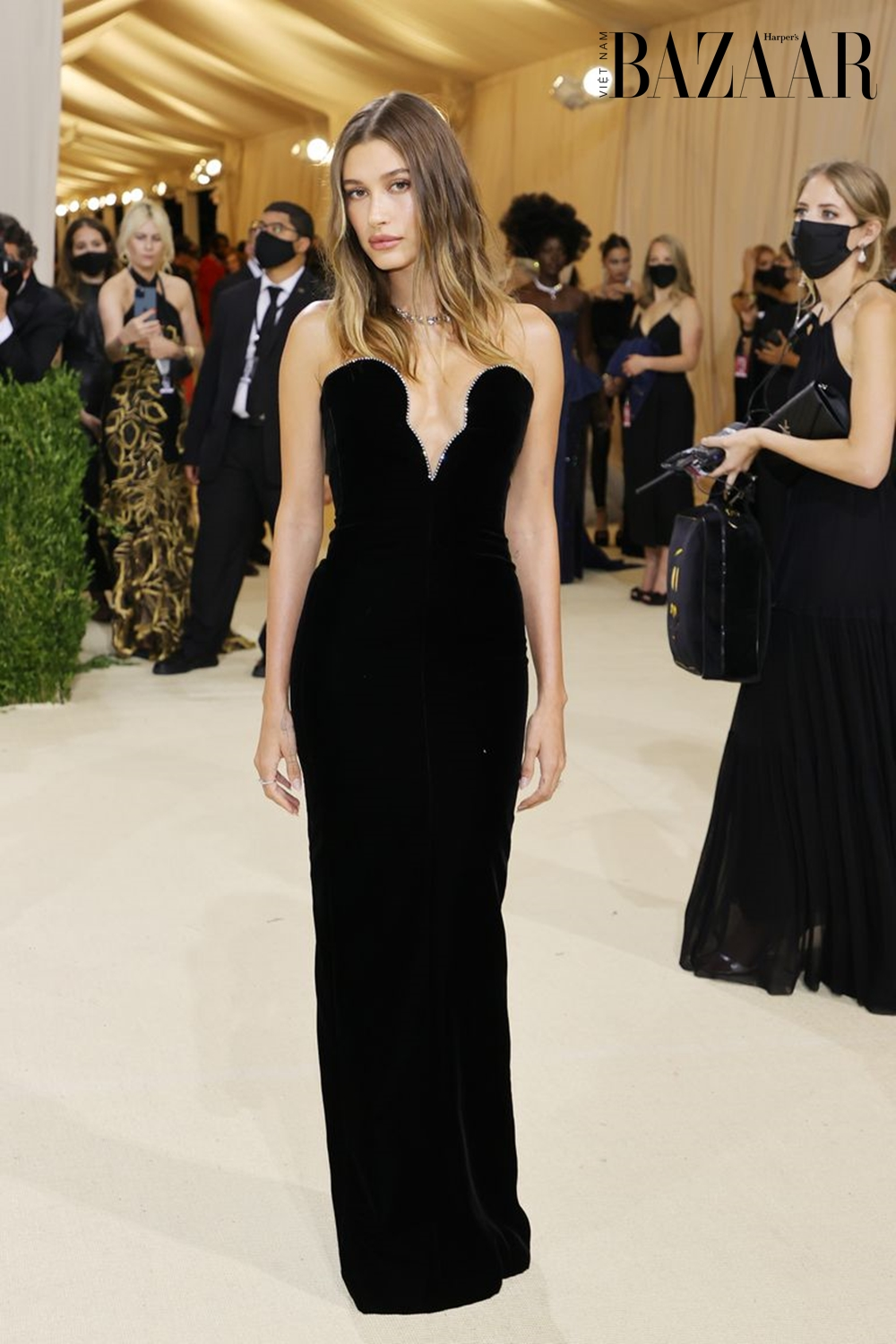 BZ-hailey-bieber-attends-the-2021-met-gala-celebrating-in-news-photo-1631578762