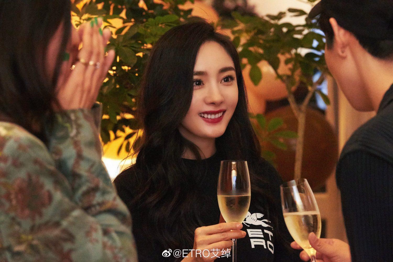 Dương Mịch đón sinh nhật tuổi 35 trong vai trò đại sứ toàn cầu của Etro 2