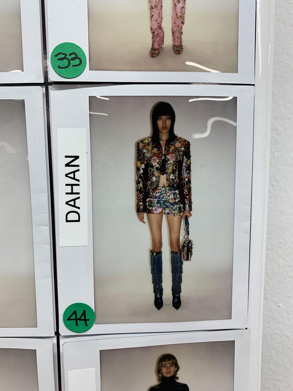 Dahan Phương Oanh, mẫu Việt duy nhất diễn show Dolce & Gabbana Xuân Hè 2022