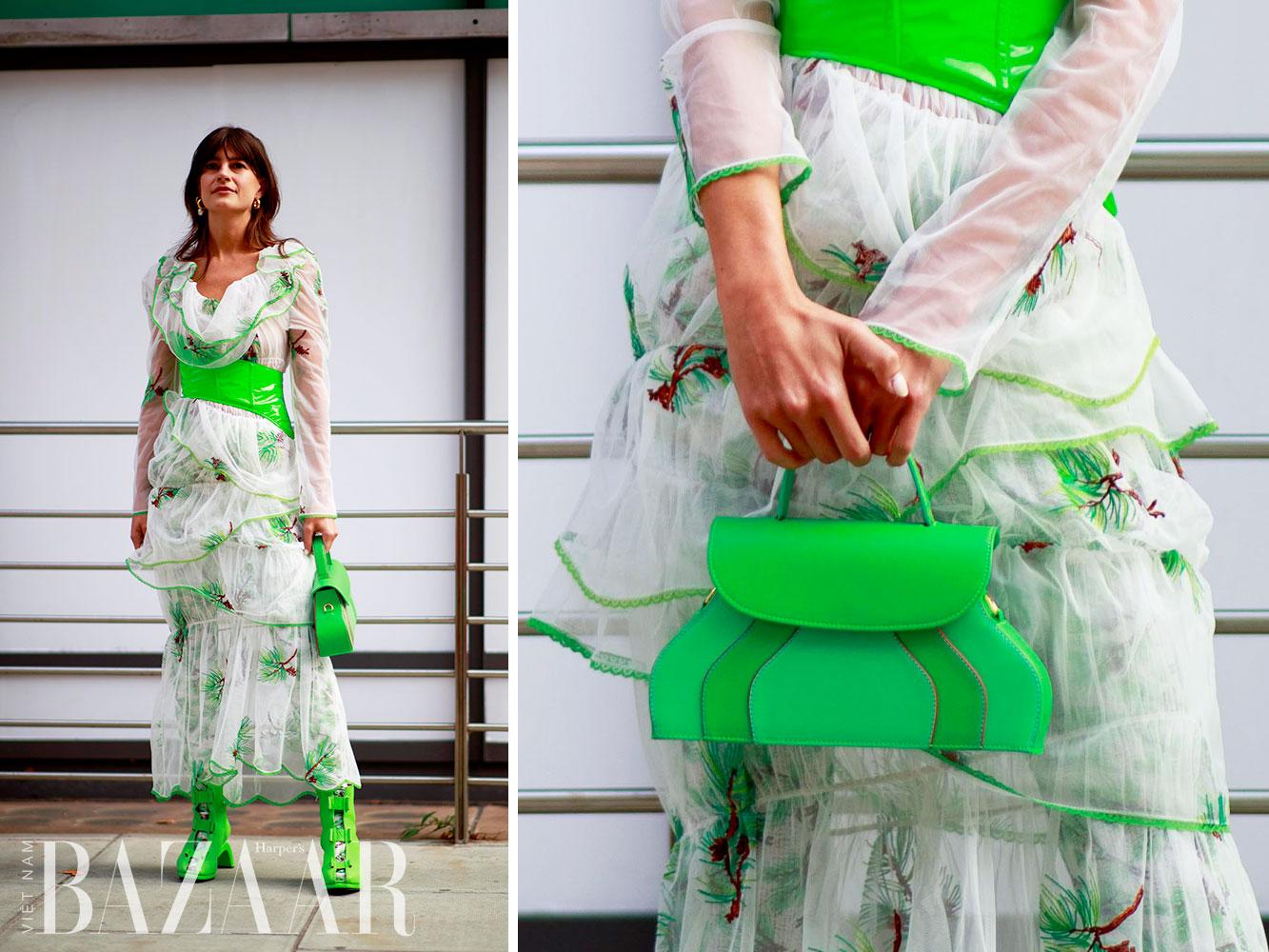 Street style tuần lễ thời trang London Xuân Hè 2022 11