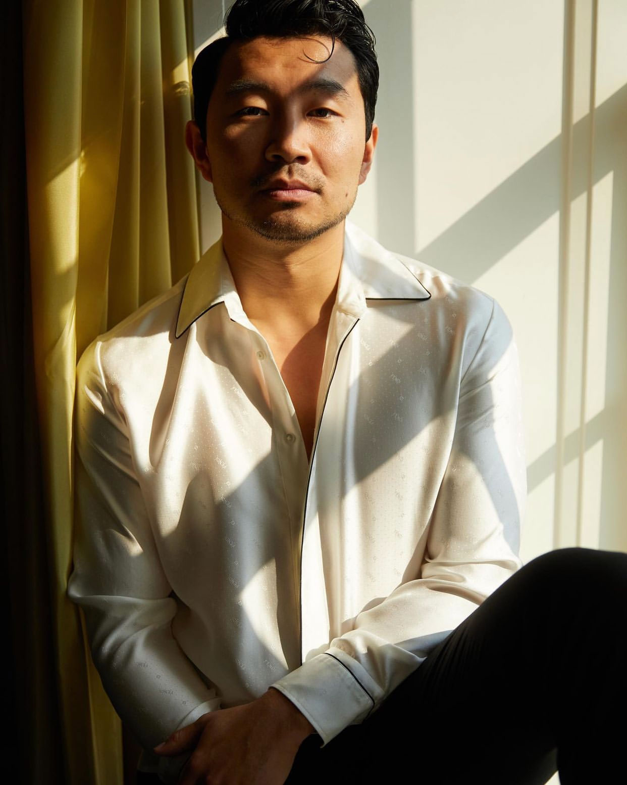 Diễn viên Shang-Chi Simu Liu diện đồng hồ Jacob & Co tại Met Gala 2021 1