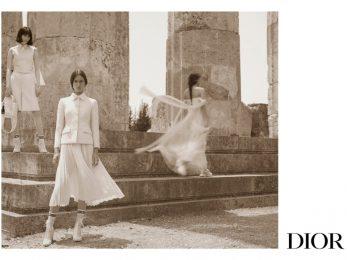 Chiến dịch Dior Cruise 2022: Vẻ đẹp siêu thực của nữ thần Hy Lạp