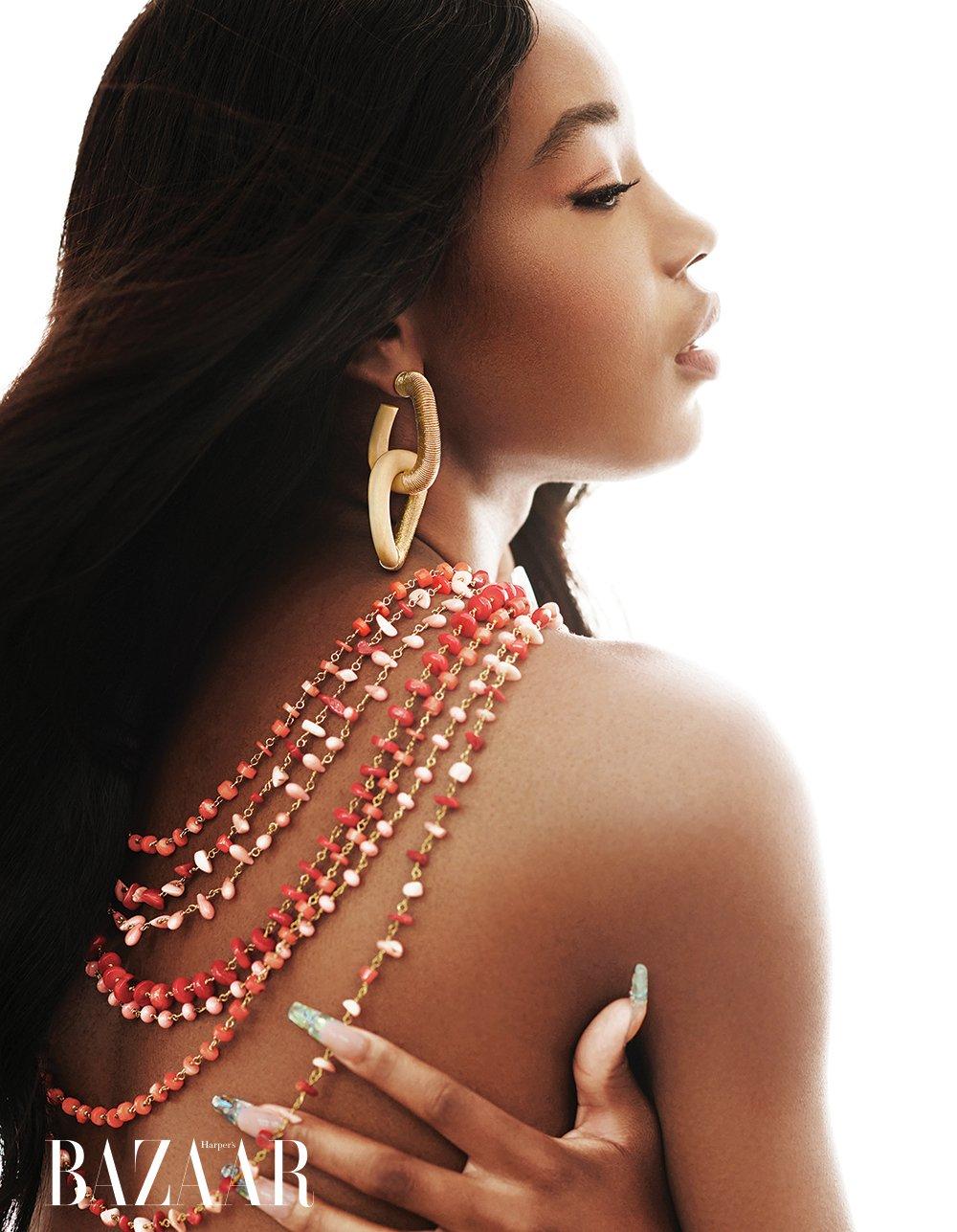 Cách chọn trang sức thông qua bộ ảnh Her Mystique