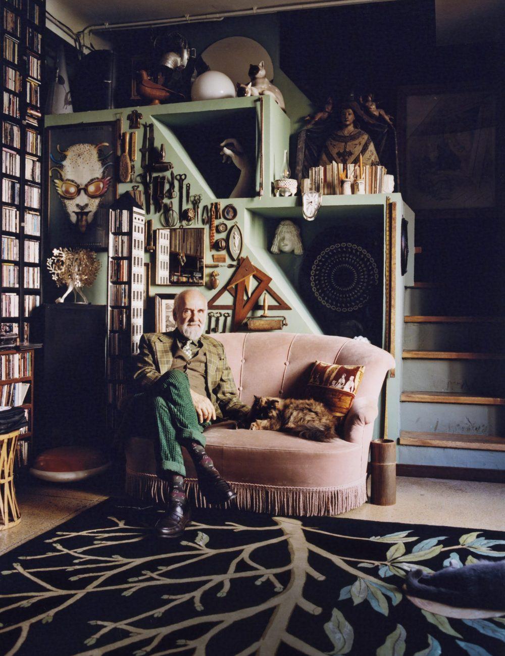 Barnada Fornasetti tại Casa Fornasetti. Ảnh: rivistastudio.com.